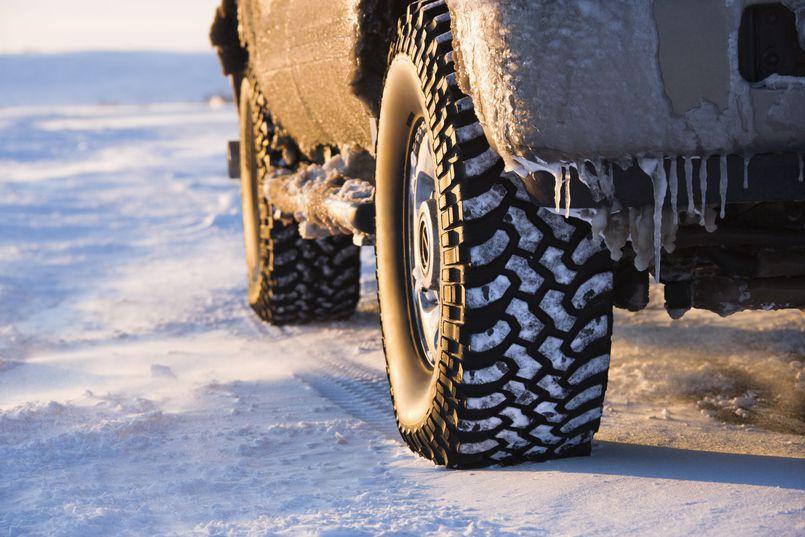 Jak dbać o samochód zimą?